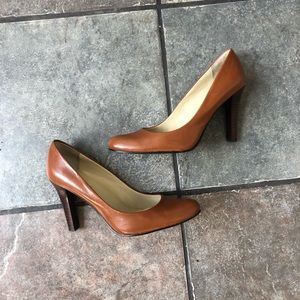 *EUC Ralph Lauren Tan Brown Heels Pumps Wooden